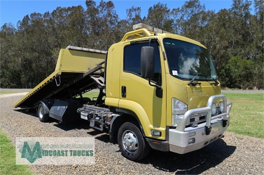 2015 Isuzu FRD 600s Midcoast Trucks - Trucks for Sale