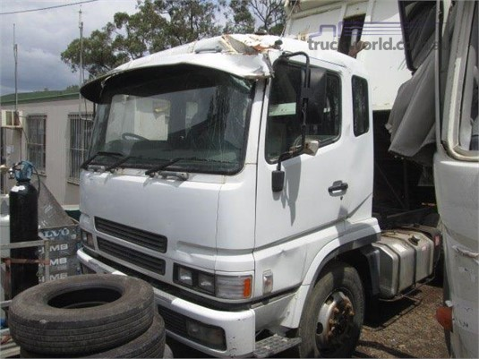 2001 Mitsubishi Fuso FV51 - Trucks for Sale