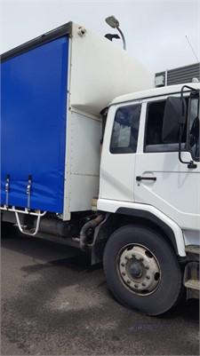 2006 UD PKA245 - Trucks for Sale