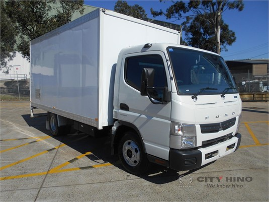 2015 Mitsubishi Canter City Hino - Trucks for Sale