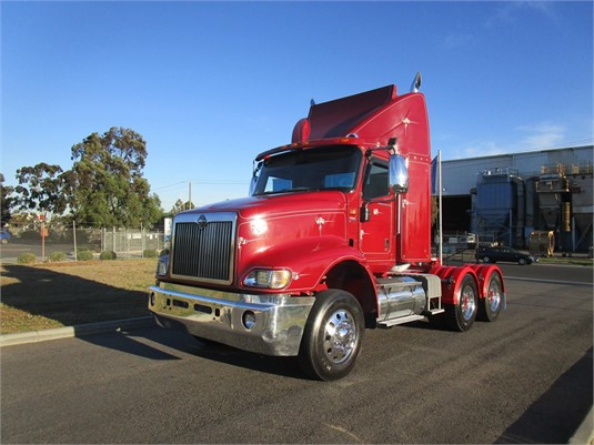 2009 International 9200 Eagle - Trucks for Sale