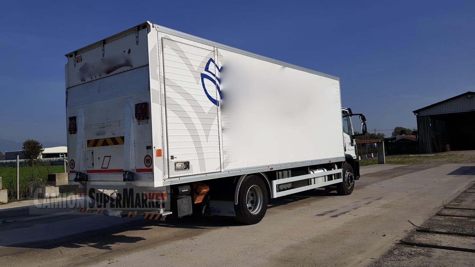 Iveco EUROCARGO 180E28 used 2011