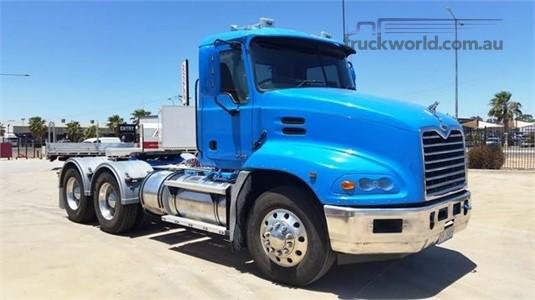 2006 Mack Vision - Trucks for Sale