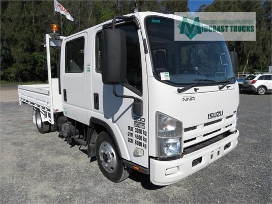 2010 Isuzu NNR 200 Crew Cab Midcoast Trucks - Trucks for Sale