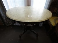 Mable Top Table