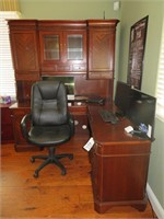 Desk with Filling Cabinet & Rolling Computer Chair