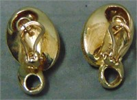 Vintage Retro Style 14 K Diamond Earrings.