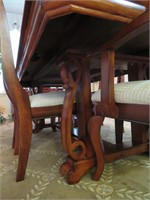 Table with Leaf, (6) Chairs &  Table Runner