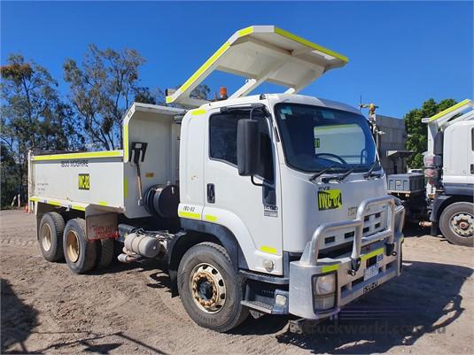 2013 Isuzu FVZ - Trucks for Sale