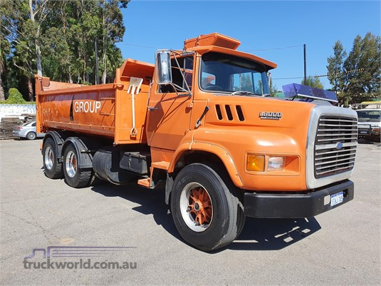 1989 Ford L8000 - Trucks for Sale