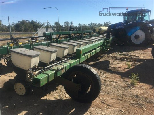 Norseman Techni Plant Precision Planter Black Truck Sales - Farm Machinery for Sale