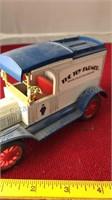 2 Ertl Die-Cast Antique Truck Banks With Keys