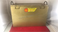 Vintage Carlco Metal Portable Pic-Nic Leakproof