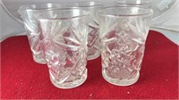 """Matching Set of 5 Vintage Glasses 5"""" Tall"""