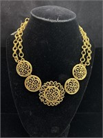 Beautiful decorative necklaces lot