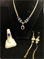 Beautiful gem necklace, ring and bracelet lot