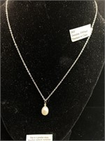 Holster jewelers genuine fwpearl necklace