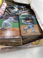Large baseball card lot