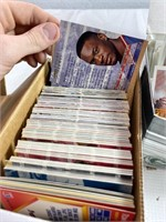 Lot of assorted football and baseball cards
