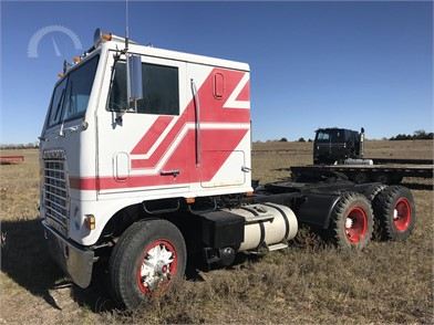 cabover trucks w sleeper auction results 77 listings auctiontime com page 1 of 4 cabover trucks w sleeper auction