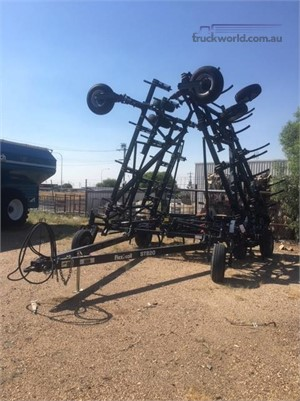 0 Flexi-coil ST820 Black Truck Sales - Farm Machinery for Sale