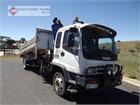 2005 Isuzu FSR700 Crane Truck