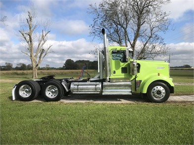Kenworth W900 Conventional Day Cab Trucks Auction Results 407 Listings Truckpaper Com Page 1 Of 17