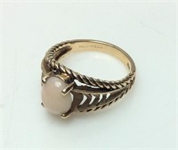 10kt Gold Ring With Cabochan Center Stone