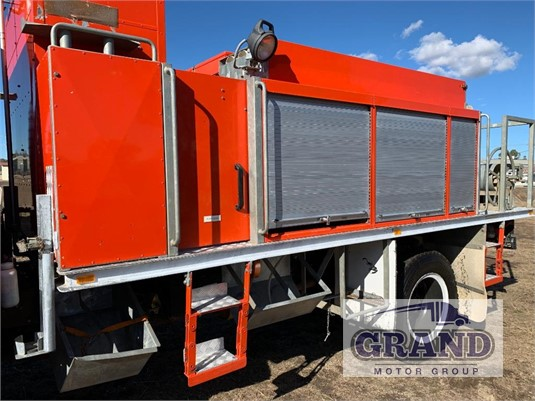 1991 Truck Body Water Tank Grand Motor Group - Truck Bodies for Sale