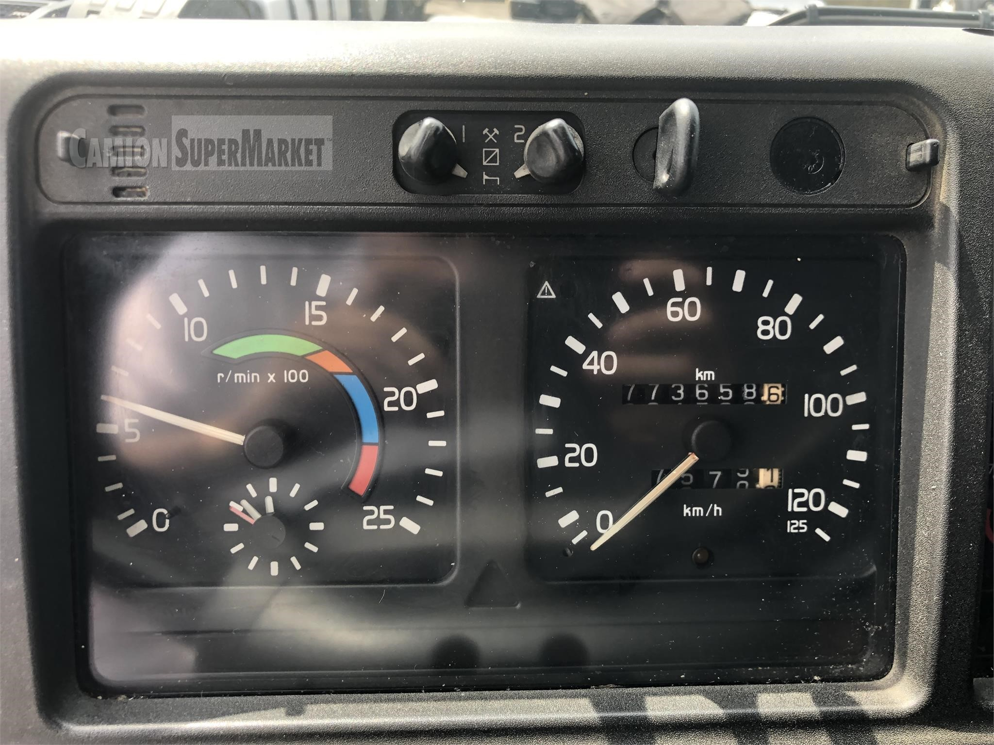 Volvo FM7 Uzywany 2000 Emilia-Romagna