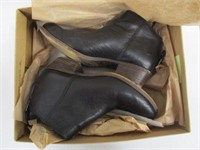 LUCKY BRAND WOMENS BOOTIES - SIZE 6.5