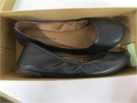 LUCKY BRAND WOMENS SHOES - SIZE 9