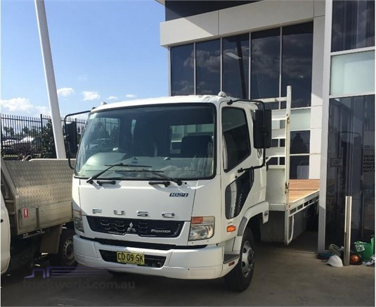 2015 Mitsubishi Fuso FIGHTER 1024 - Trucks for Sale