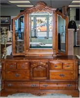 Furniture Long Dresser and Mirror