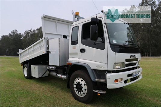 2006 Isuzu FVD 950 Midcoast Trucks - Trucks for Sale