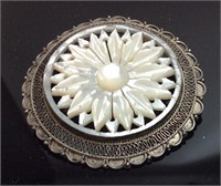 VINTAGE 925 SILVER & MOTHER OF PEARL STAR BROOCH