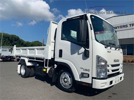 2019 Isuzu NLR45-150 - Trucks for Sale