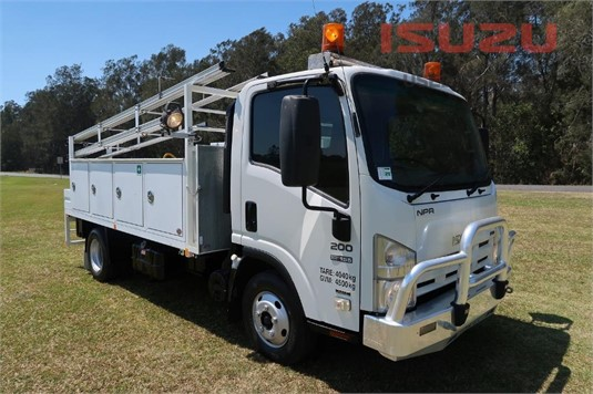 2010 Isuzu NPR 200 AMT Used Isuzu Trucks - Trucks for Sale