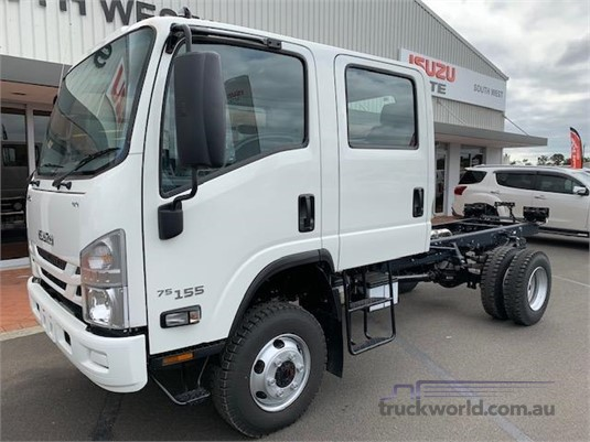 2018 Isuzu NPS 75 155 CREW - Trucks for Sale