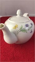 BIA International Cordon Bleu Ceramic Tea Pot