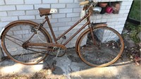 Vintage Ladies Dunelt 3 Speed Bicycle With