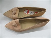 WOMENS SHOES SIZE 8