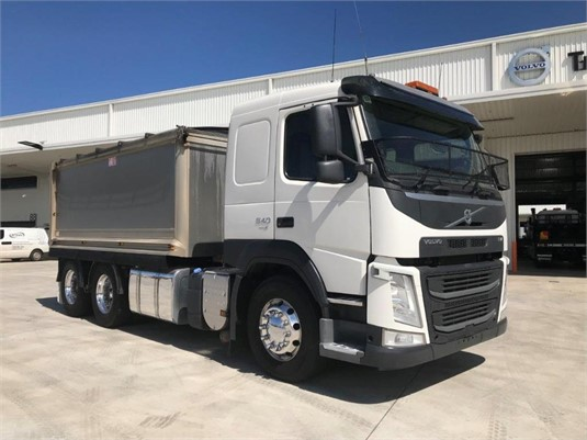 2015 Volvo FM540 - Trucks for Sale