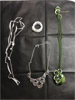 Random jewelry set