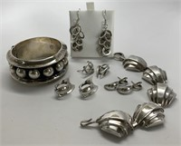 Epic Estate Jewelry, Sterling, and Holiday Gift Auction