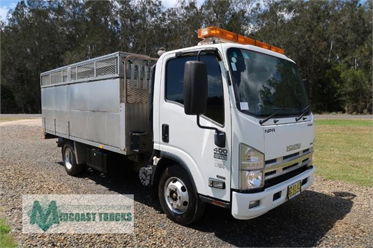 2013 Isuzu NPR 400 Premium Midcoast Trucks - Trucks for Sale