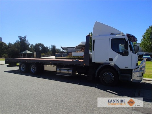 2004 Mack Premium Eastside Commercials - Trucks for Sale