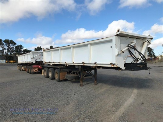 2010 Hoylake Side Tipping Trailer Midwest Truck Sales  - Trailers for Sale
