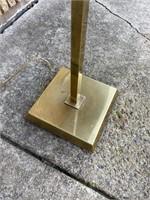 Metal standing lamp