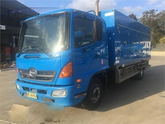 2004 Hino 500 Series 1026 FD - Trucks for Sale